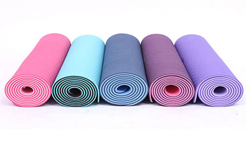 What to do if the newly purchased yoga mat has a smell?